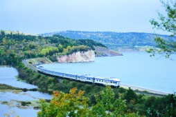 The Bras d'Or Scenic Train - Photo Credit: Nova Scotia Department of Tourism & Culture